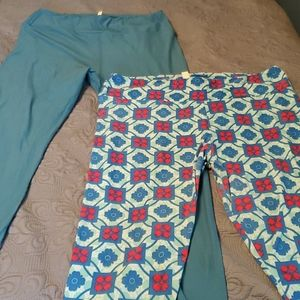 2 pair lularoe TC leggings like new